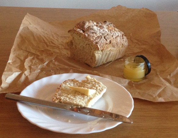 Irish soda bread with home made lemon curd jam